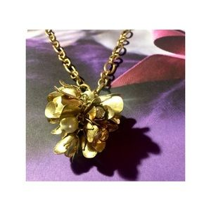 J.Crew Flower/Pearl Cluster on Gold Link Necklace